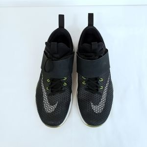Nike Shoes - Nike Air Zoom Strong Running Shoes sz 8